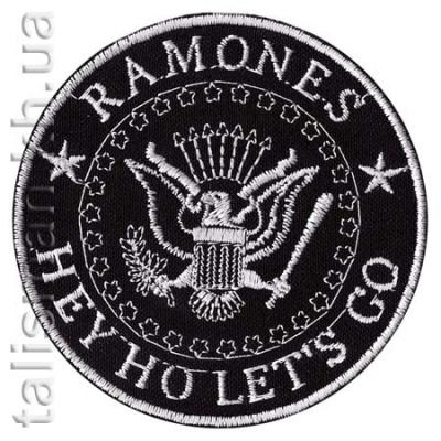 нашивка с вышивкой RAMONES круг