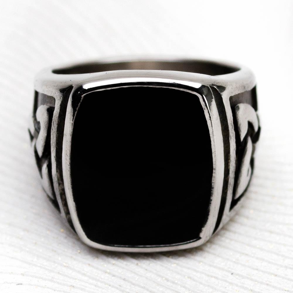 Перстень APST-61 Печатка черная с трикветром 0