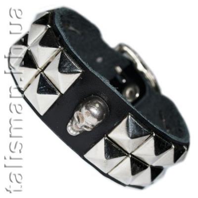 браслет кожаный BKB-151 череп пирамиды 2 ряда